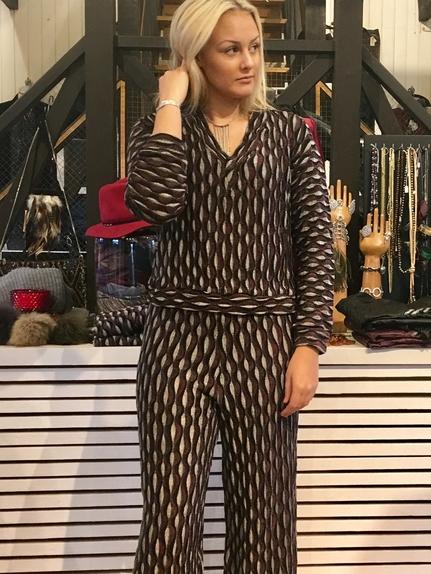 Mönstrad tröja -Diana Orving